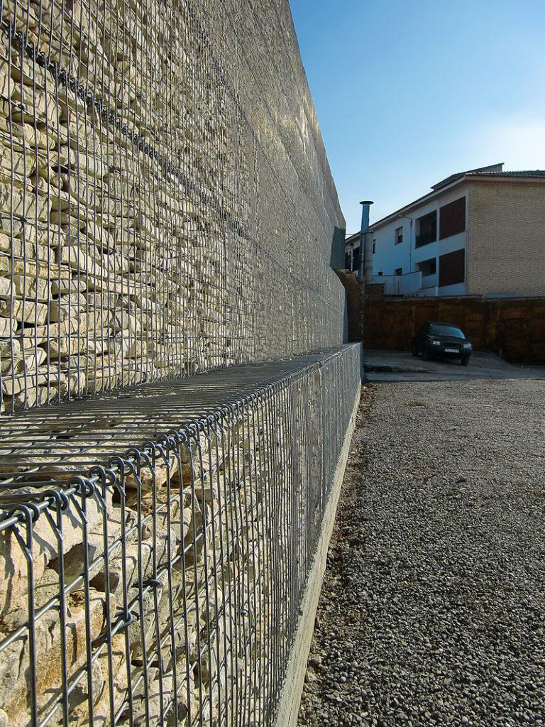 mur-gabions-muroxs-mercat
