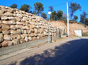 mur-pedra-urbanitzacio