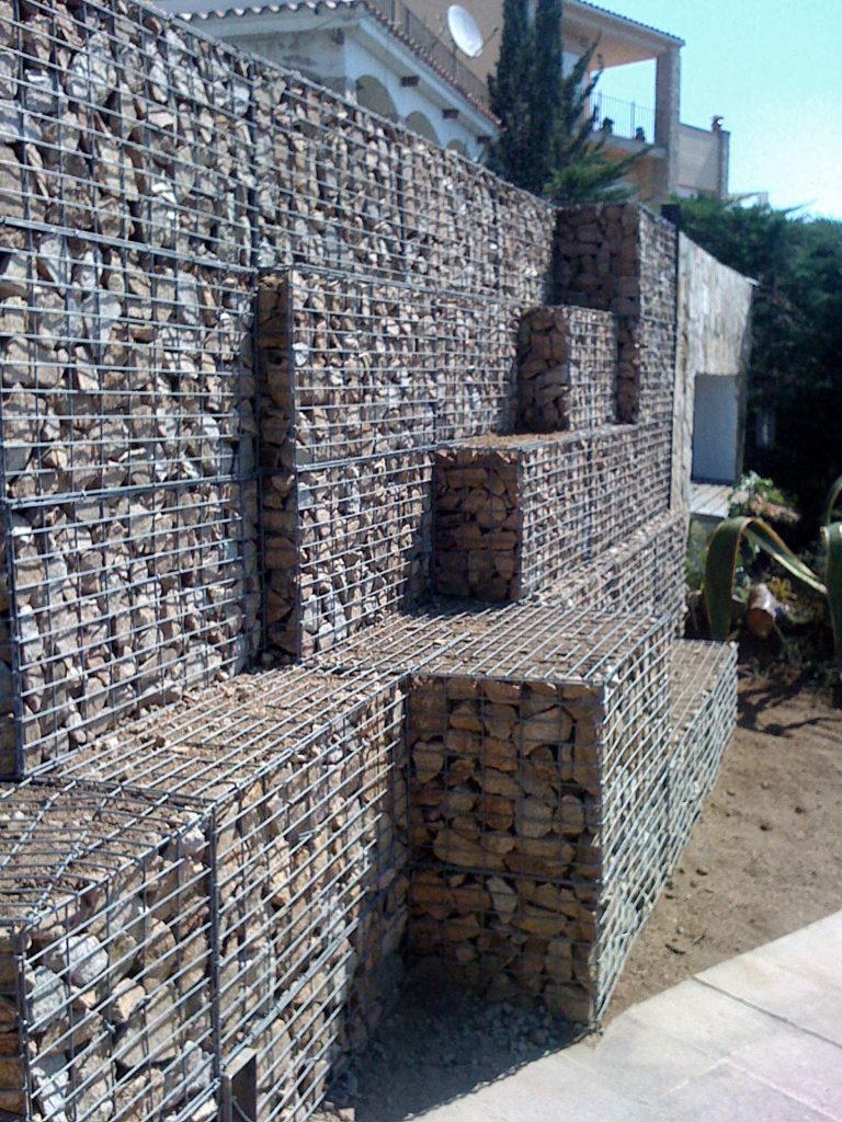 muro-gaviones-plantas-casa-particular